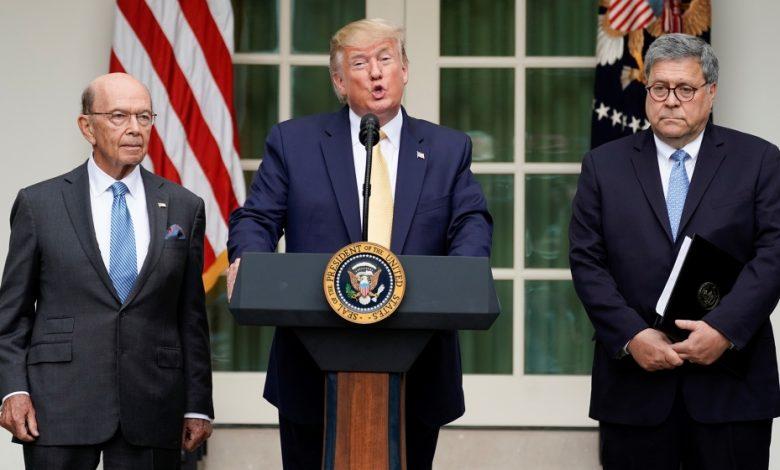 Photo of הנשיא טראמפ חותם על תזכיר כדי להחריג מהגרים שאינם מתועדים