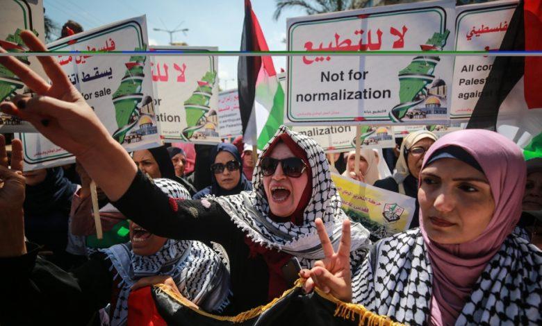 Photo of פלסטינים בעזה מתנגדים להסכם ישראל-איחוד האמירויות