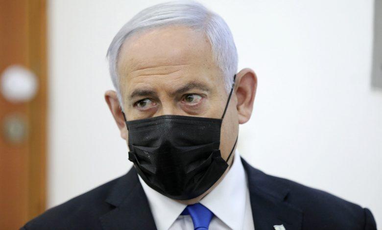 Photo of ראש ממשלת ישראל שב לבית המשפט כשצדדים שוקלים על גורלו