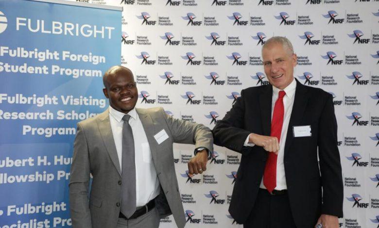 "Photo of NRF מגבש הסכם למשלוח דוקטורנטים לארה""ב   שגרירות וקונסוליות ארה""ב בדרום אפריקה"