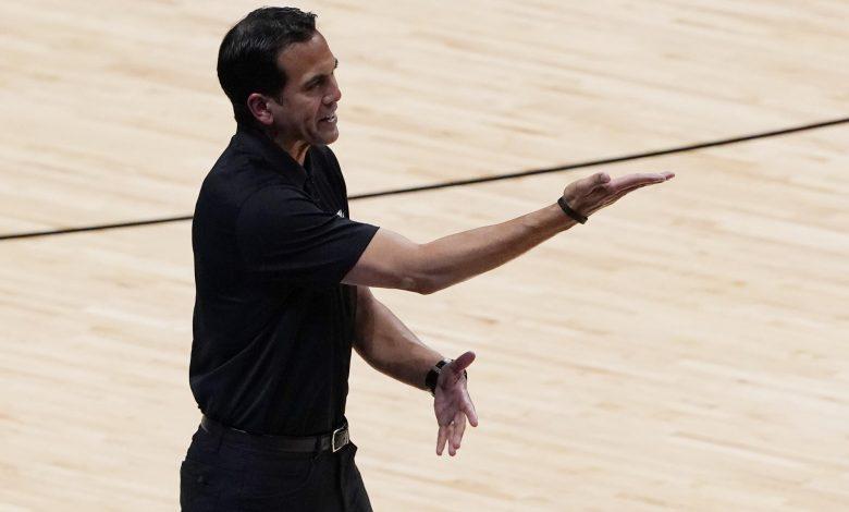 "Photo of Spoelstra לעזור לאמן את קבוצת הכדורסל של ארה""ב בווגאס"