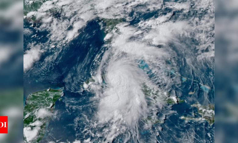 "Photo of חדשות ארה""ב כותרות היום עדכונים חיים: הסערה הטרופית אלזה צוברת כוח, מכה את פלורידה קיז"