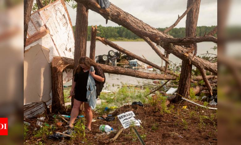 """Photo of חדשות ארה""""ב כותרות היום עדכונים חיים: הסערה הטרופית אלזה משרים את ניו יורק כשהיא דוהרת במעלה החוף המזרחי"""