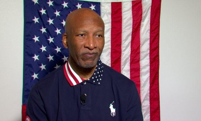 "Photo of מטפל בעיסוי פורט וורת 'טפח לצוות הרפואי של אולימפיאדת ארה""ב"